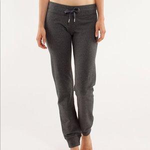 Lululemon Tea Lounge Pant size 6